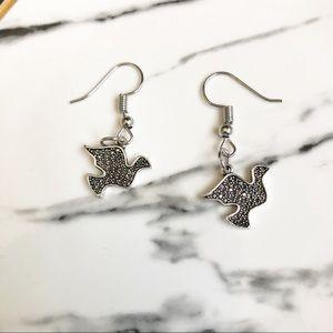 ❤️ (NWT) Silver Bird Earrings